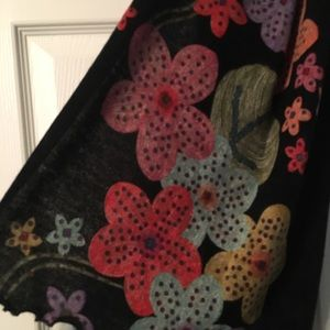 Cute black wrap with flowers.
